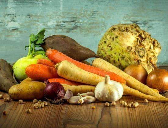 Vitamine per l'estate: cosa assumere per combattere il caldo, e non solo!