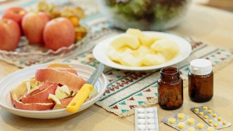 Alimenti interi o integratori: come assumere i nutrienti?